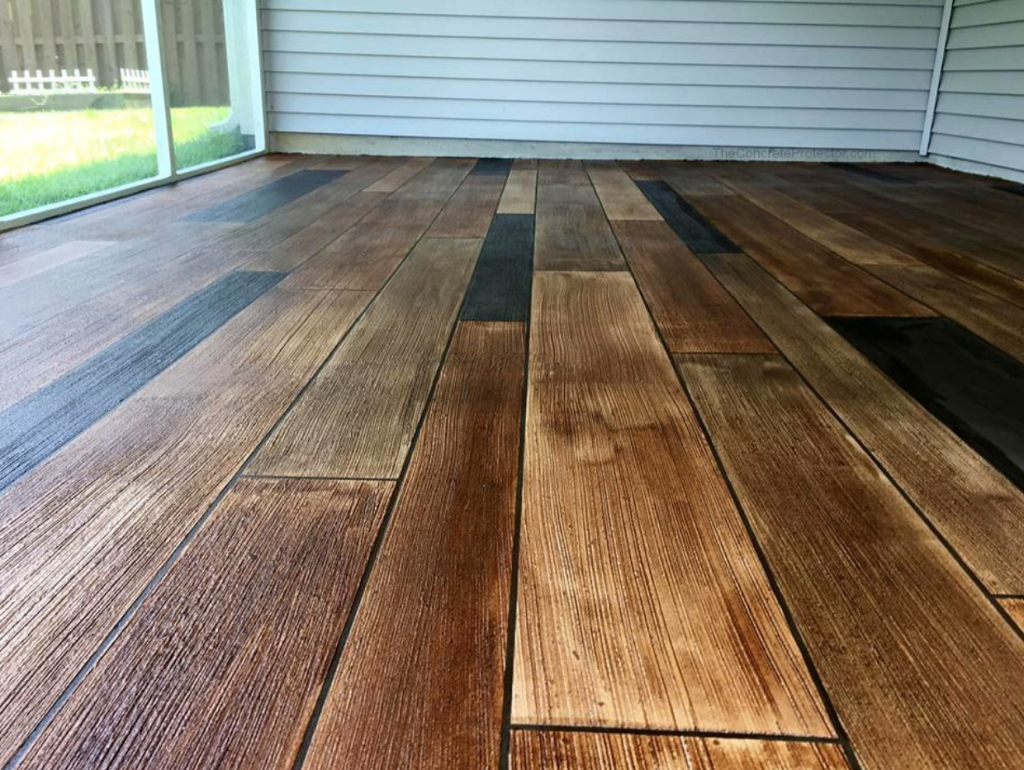 Chicago Deck Staining Services